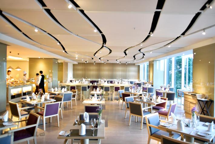Buffet Tối Thứ 2 - Thứ4 - KS Liberty Central Saigon Riverside 4 Sao