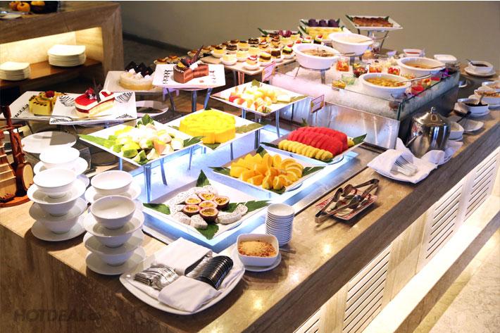Liberty Central Saigon Riverside 4* - Buffet Trưa Hải Sản Cao Cấp Từ Thứ 2 Đến Thứ 6