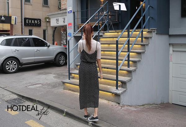 Đầm Chấm Bi 2 Dây Dạo Phố