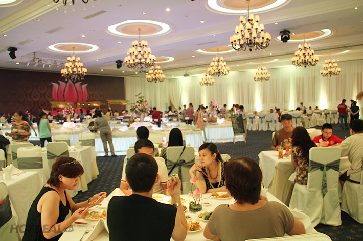 Buffet Chay Dìn Ký Hơn 80 Món Tại Grand Palace – Không Phụ Thu Cuối Tuần