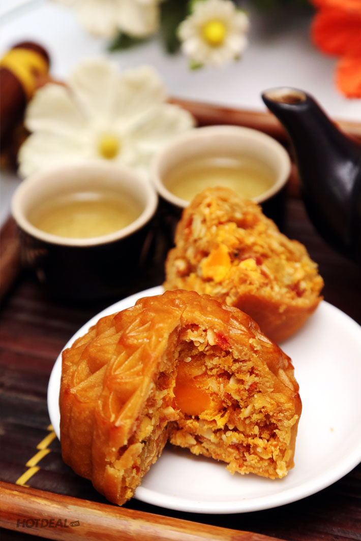 Hộp 4 Bánh Trung Thu Yến Sào Khánh Hòa (200 Gram/Bánh)