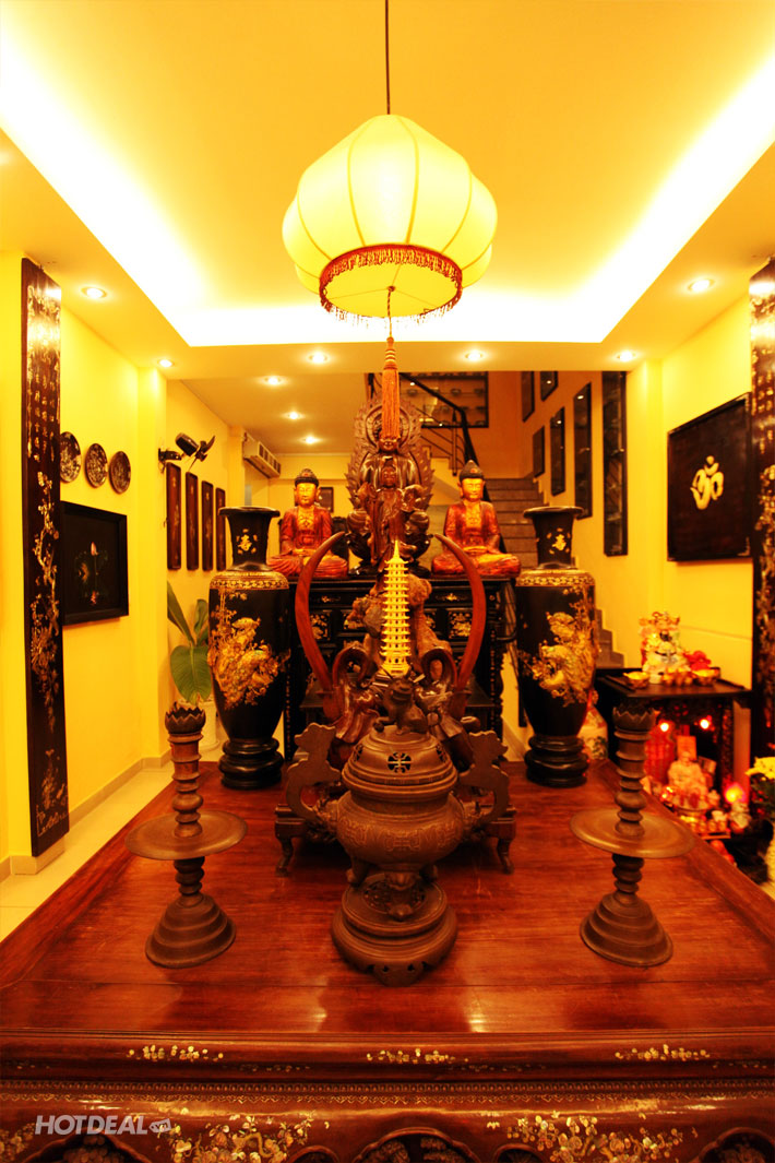 Nh� H�ng Chay Om Mani Padme Hum - Kh�ng gian thanh tịnh,nhẹ nh�ng đầy tĩnh lặng - 168/39 Nguyễn Cư Trinh